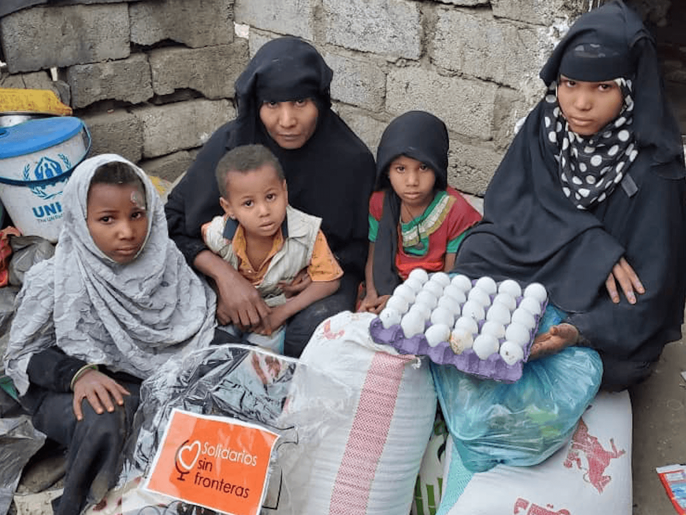 Reparto de comida para familias en Yemen - Solidarios Sin Fronteras