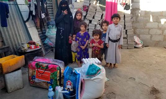 Solidarios sin Fronteras repartimos mantas para las familias en Yemen