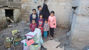 alimentando en Yemen