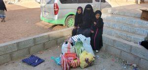 repartimos comida en Yemen