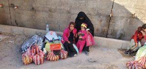 solidarios sin fronteras reparte packs de alimentación en Yemen