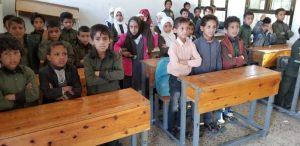 clases de niños y niñas en la 3a escuela, Yemen