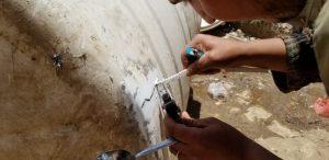 Reparación de nuestros depósitos de agua en Yemen